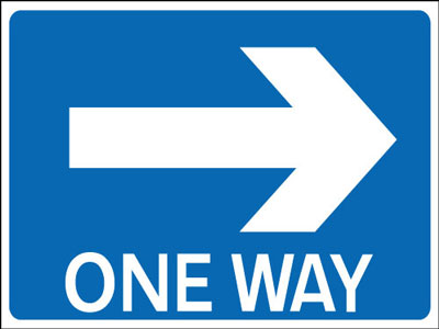 One Way Signs - 450 x 600 mm one way right CLASS 2 reflective 3 mm aluminium signs.