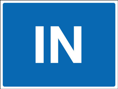 Road traffic signs - 450 x 600 mm in CLASS 2 reflective 3 mm aluminium signs.