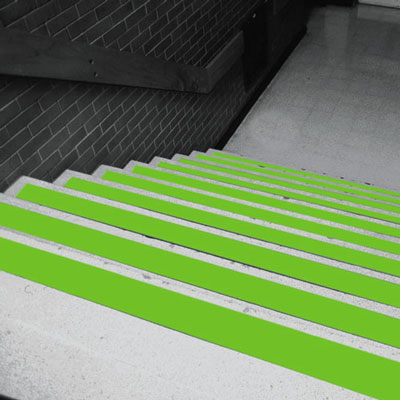 50 x 18.3m glow in the dark grip foot
