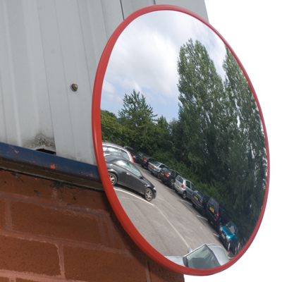 500 mm industrial traffic mirror with 7 metres