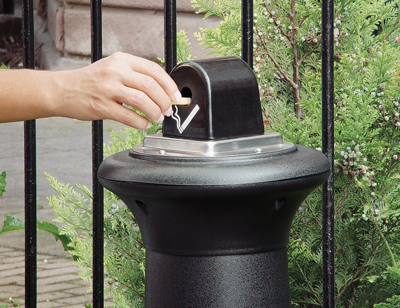 Tuscan cigarette butt collector black