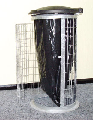 910 x 430 green wire mesh sack holder