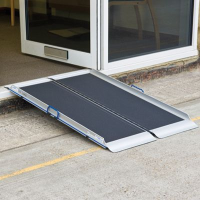 Folding aluminium ramp 600 mm