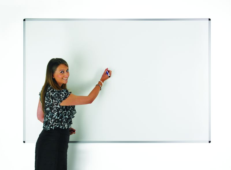 900 x 600 mm Magnetic Dry-Wipe Board