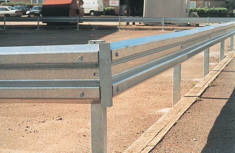 Sectional Steel Barrier Car Park Barriers