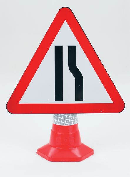 Traffic Cone Sign 600 mm Road Narrow Rght Road Signs