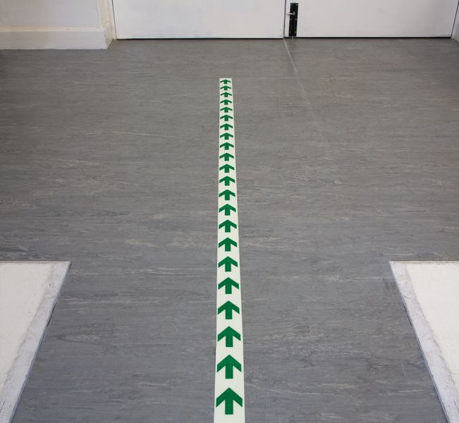 P / Lum Floor Tape Green Iso Arrow 50mm x 10M Tapes