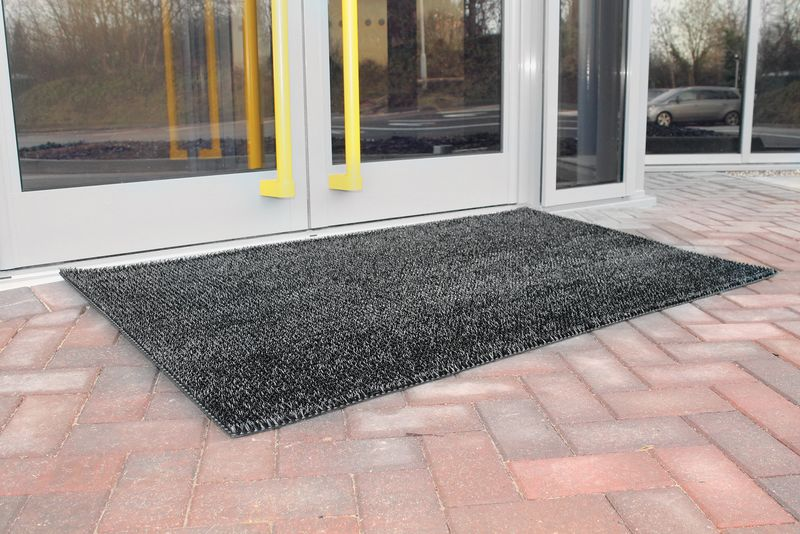 Outdoor Scraper Mat 0.9 x 2M Black Mats