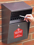 390x280x140mm Wall Mounted Cigarette Disposal Bin sign.